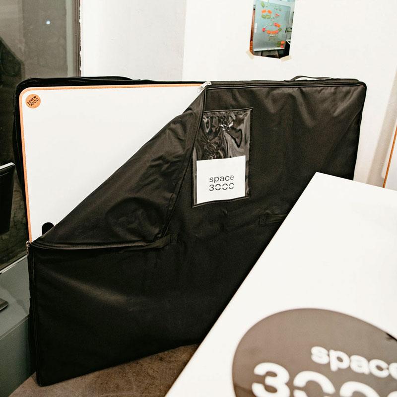 Schwarze Tasche für Design-Whiteboard