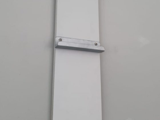 Whiteboard Halterung für Galerieleisten